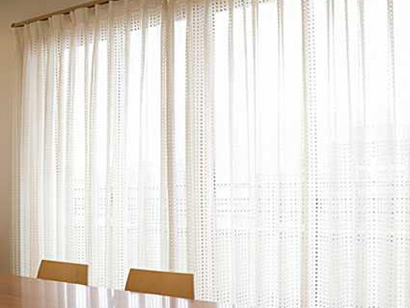 厚手のカーテン、カーペット等のクリーニング