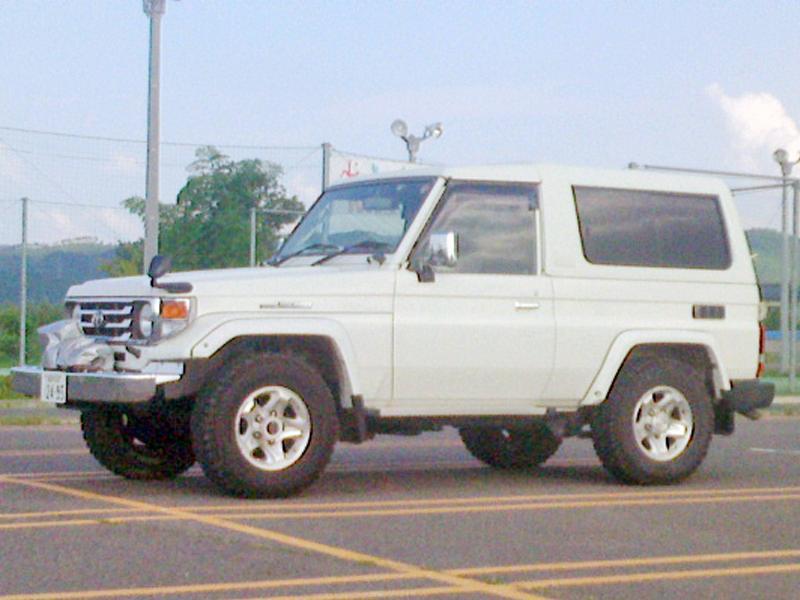 4WDサービスカー