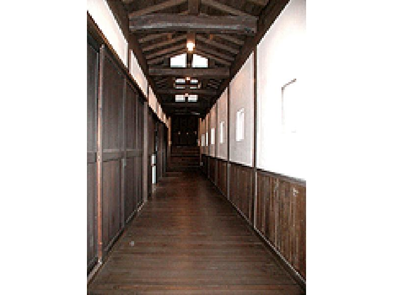 お寺の廊下 再生材を使って