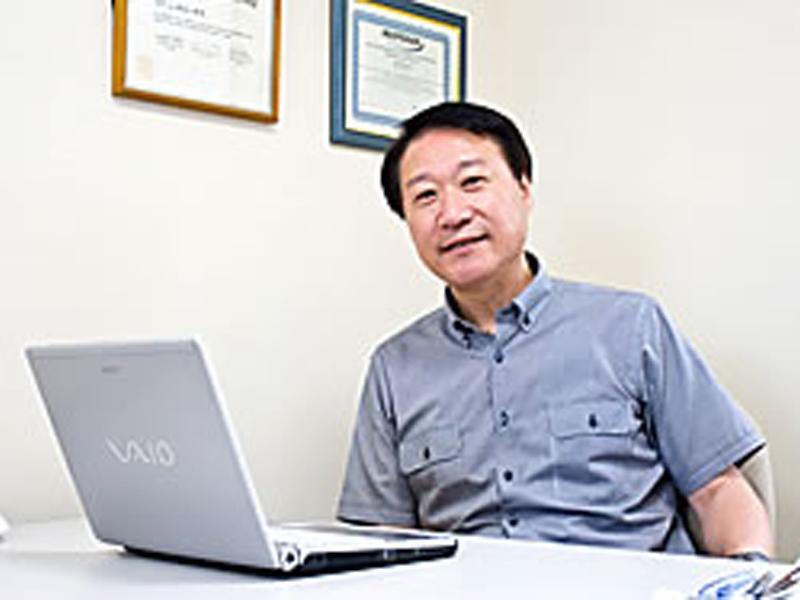 【院長】加藤 晴一(医学博士)