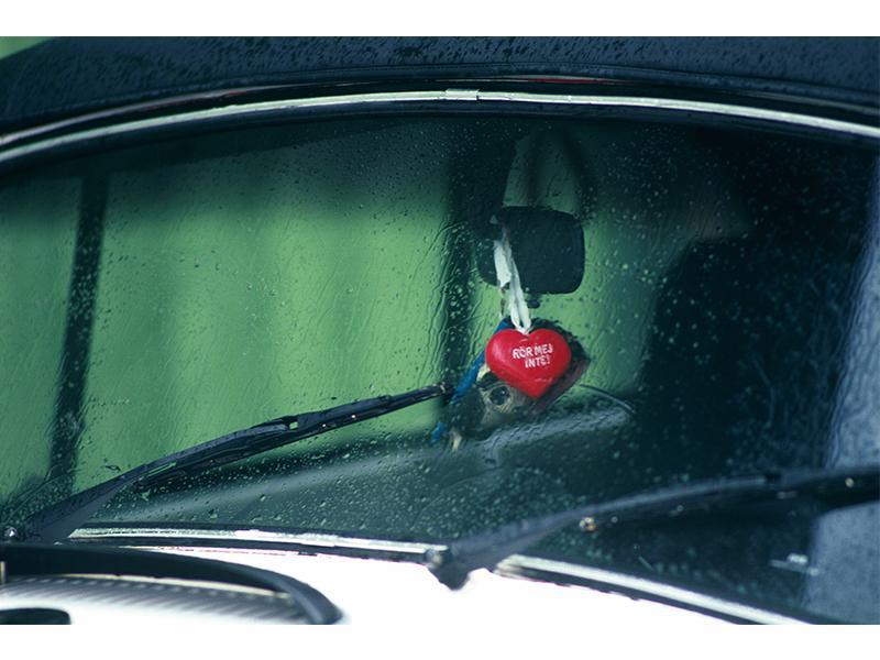 自動車ガラス・カーフィルムの入替・販売致します