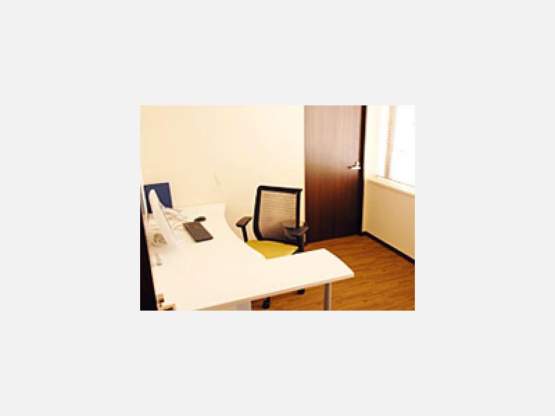 診察室 1