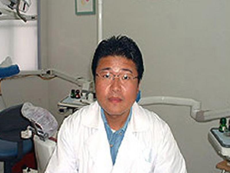 虫歯や入れ歯、歯並びの治療