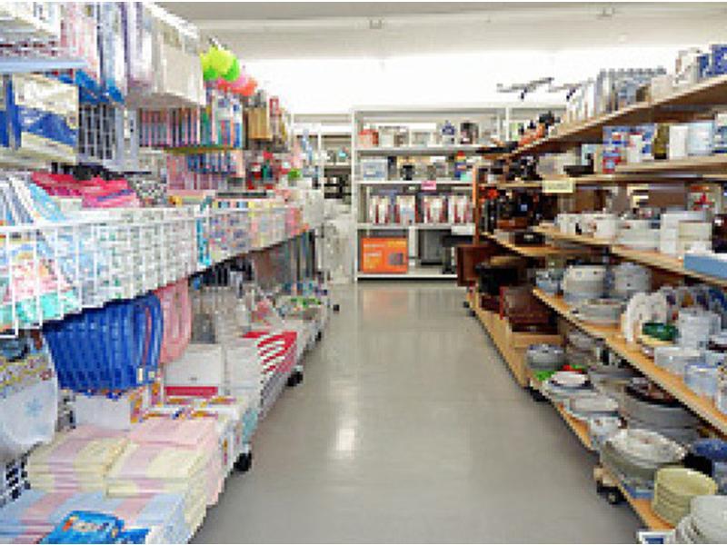 食品・日用雑貨コーナー
