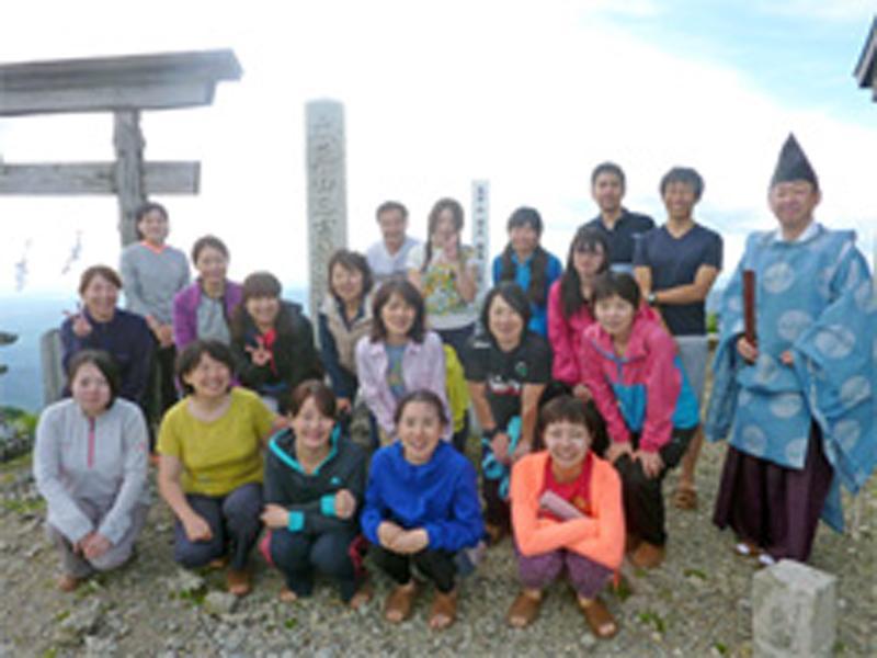 山ガール登山(20代~40代の女性限定の登山会)