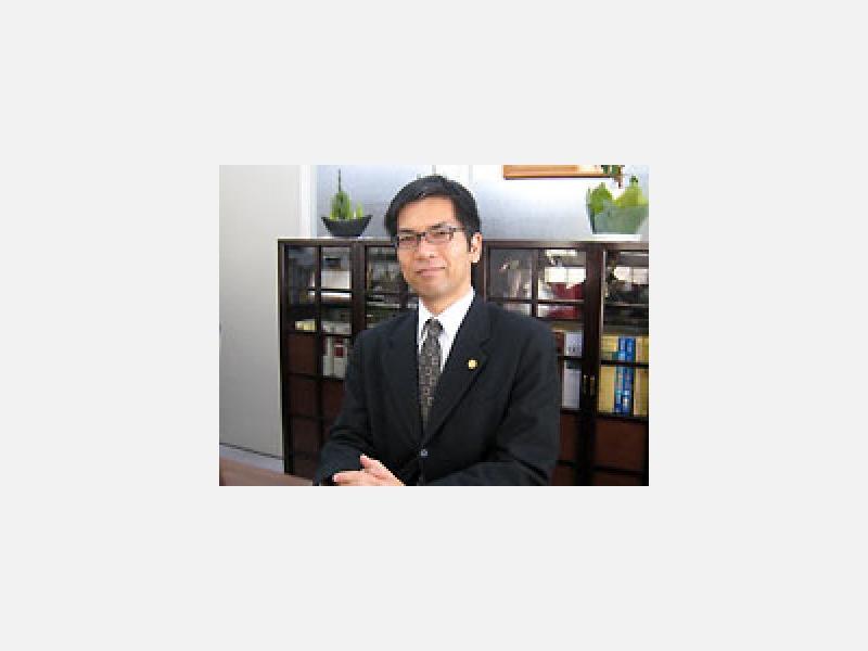 弁護士 山崎健一郎