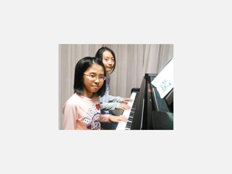 仲良しピアノ連弾♪