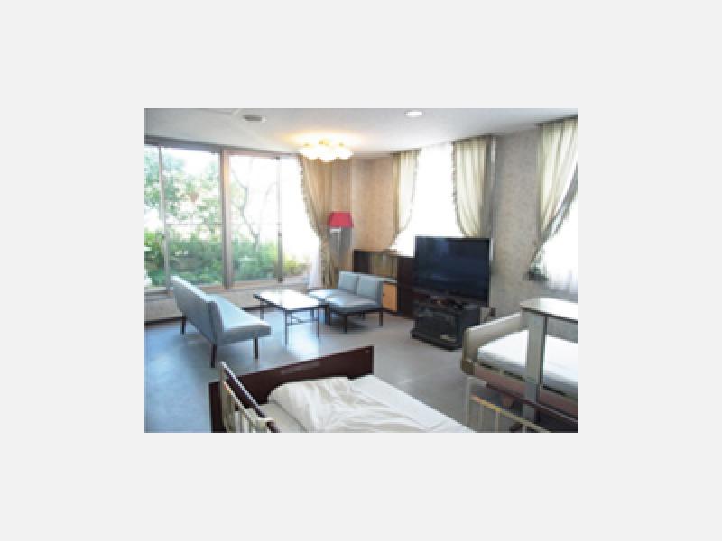◆病室(特別室) ゆとりの居住空間を実現しています