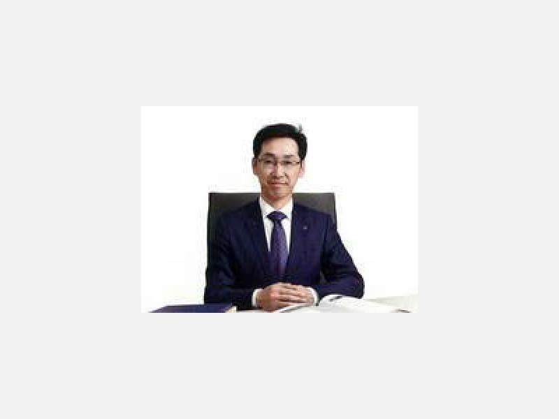 代表取締役社長 浅井 傑