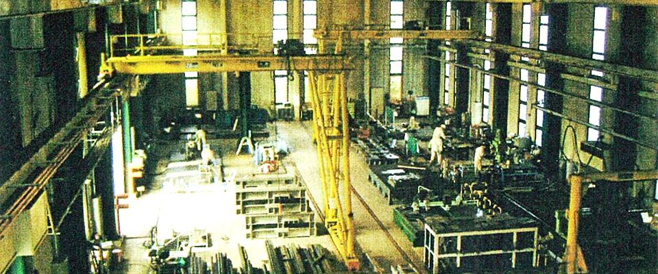 製缶加工・工作機械は経験豊富な当社にお任せください
