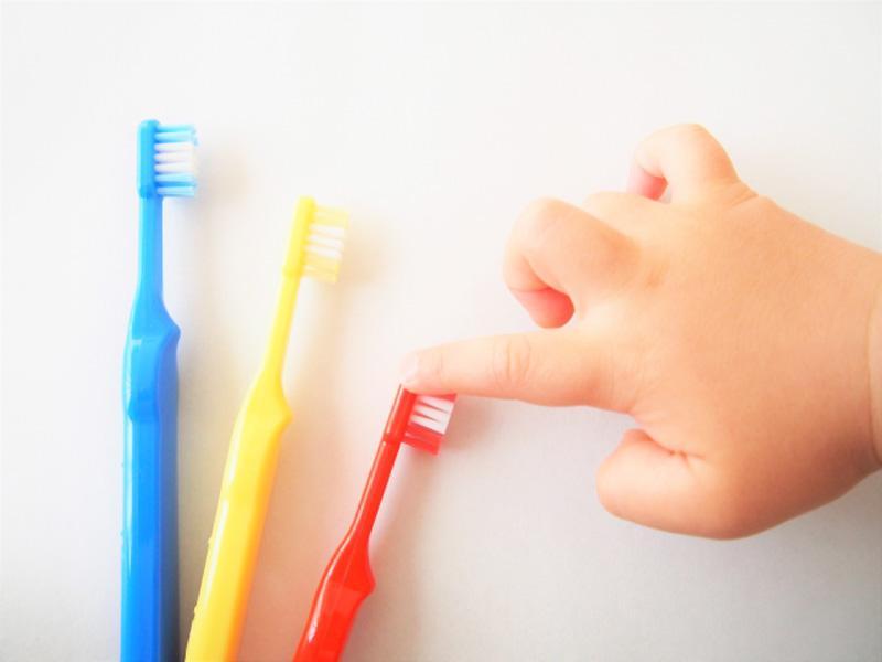 虫歯、歯周病治療から矯正、親知らずの抜歯まで