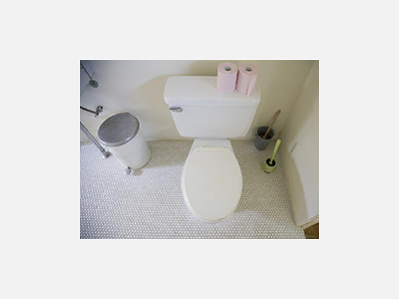明るいトイレにリフォームして快適空間を!