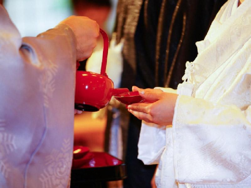 古式ゆかしい神前結婚式