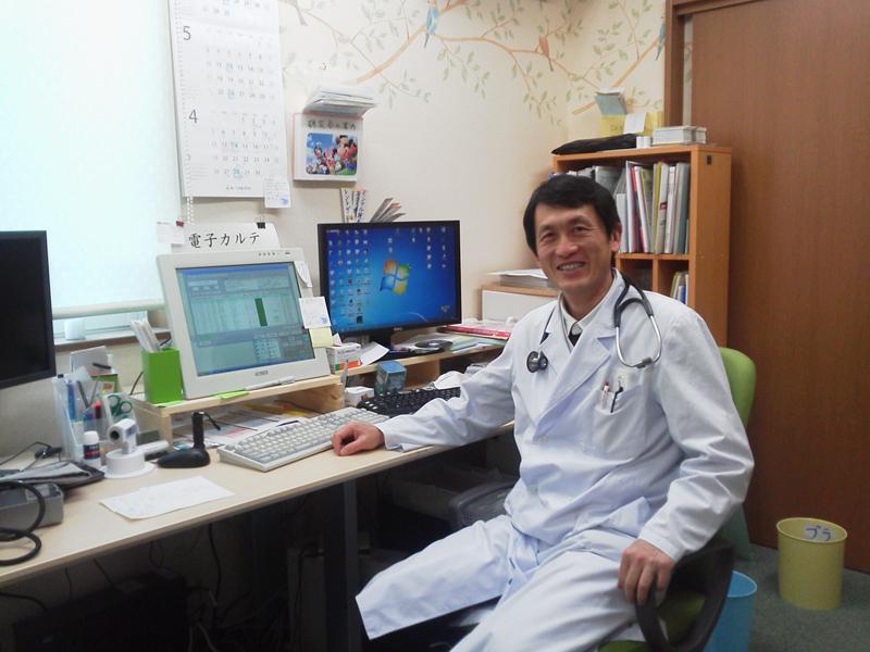 院長:藤原敬人 アメリカに留学していました。英語対応できます