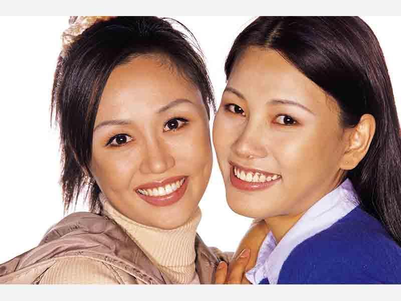皮膚科一般、美容皮膚科を問わず診療を行っております