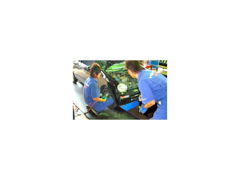自社内車検場で最短1時間のスピード車検&整備保証付