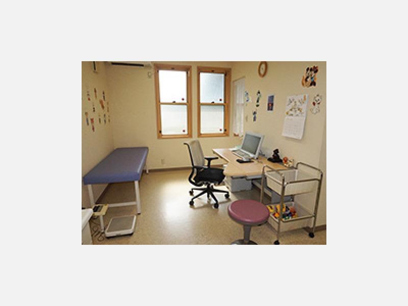 ▲診察室:一般小児科・アレルギー疾患・乳幼児健診お受けします