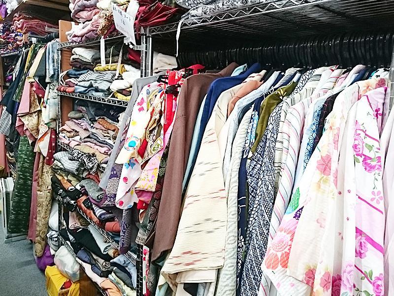 普段着、お稽古、リメイクに千円からお着物、帯をご用意