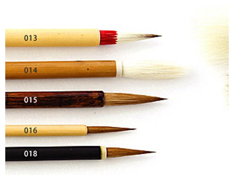 用途に見合う筆選びをお手伝い致します