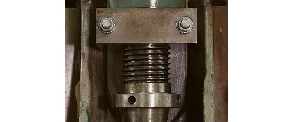 金属プレス、金型のことは白銀金属工業にお任せ下さい