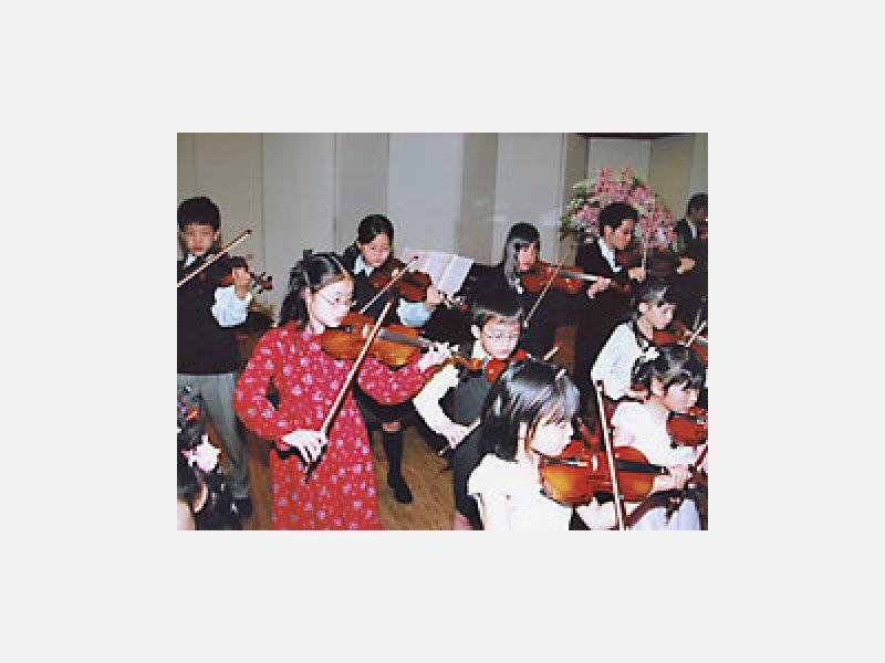 現役音大幼稚園講師の指導するバイオリン教室です