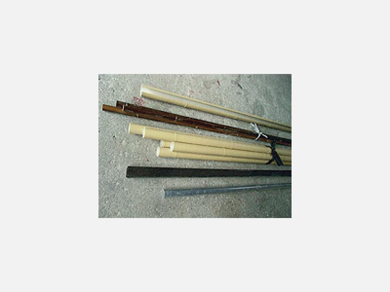 丈夫なアルミ柱に腐らない竹材をアレンジし販売・施工
