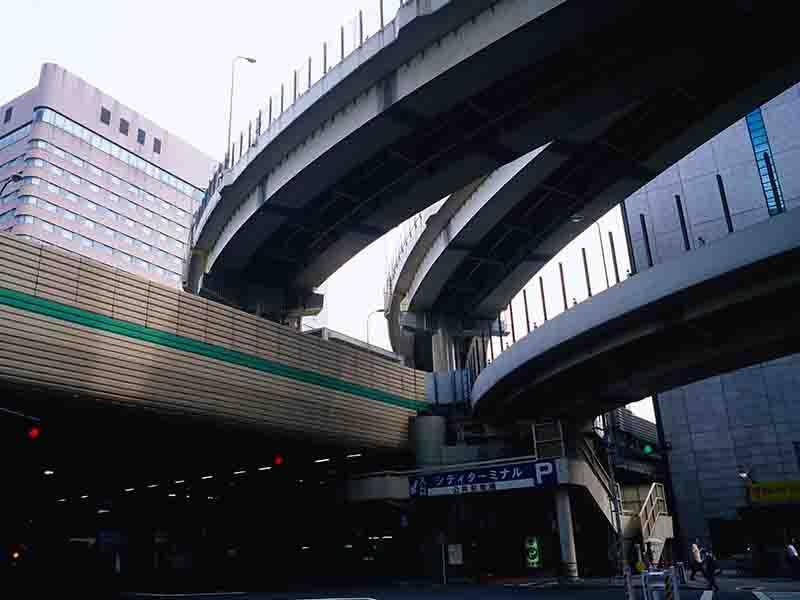 ビル・工場・橋など