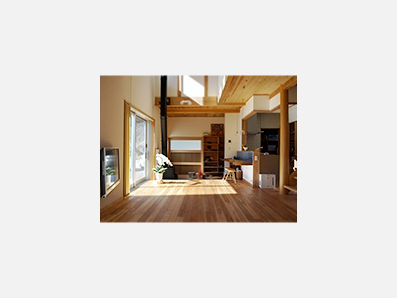 地場の木材や自然素材を使用した安心の住まい