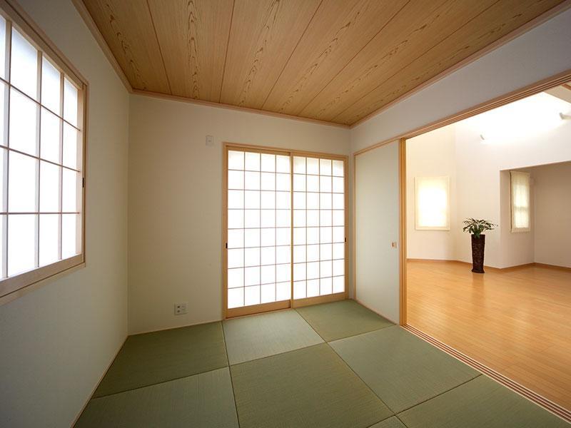 各室の雰囲気にあわせた各ガラスを提案できます
