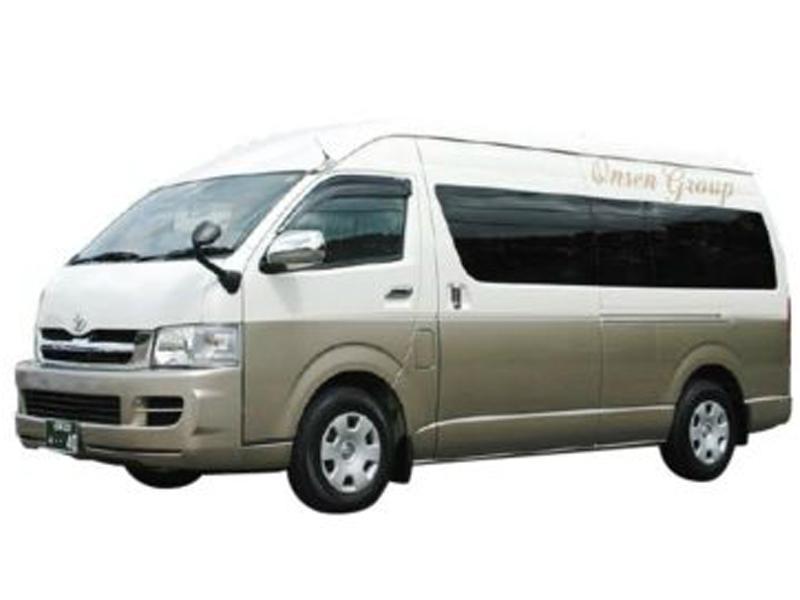 ジャンボタクシー(9人乗り)