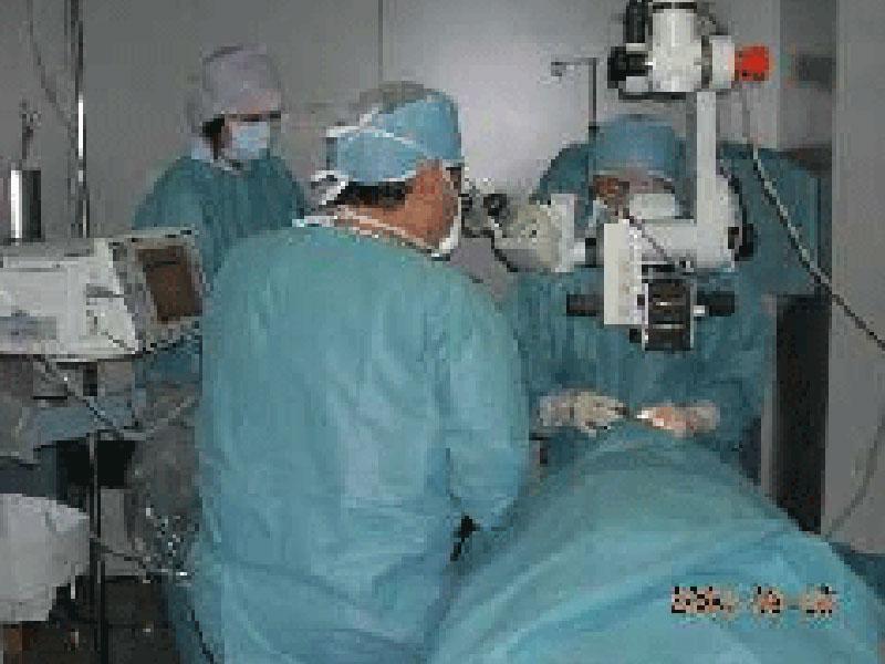 ■手術中風景