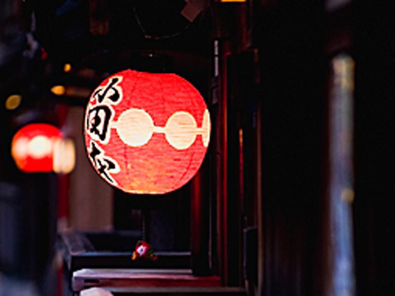 盆提灯、神社・仏閣用提灯から看板提灯まで