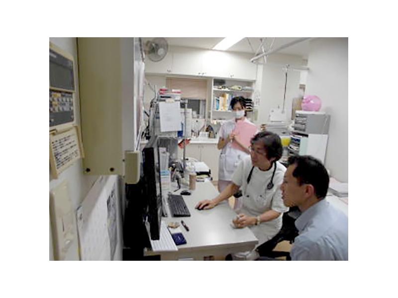 医師、看護スタッフ一同、皆様の健康をサポート