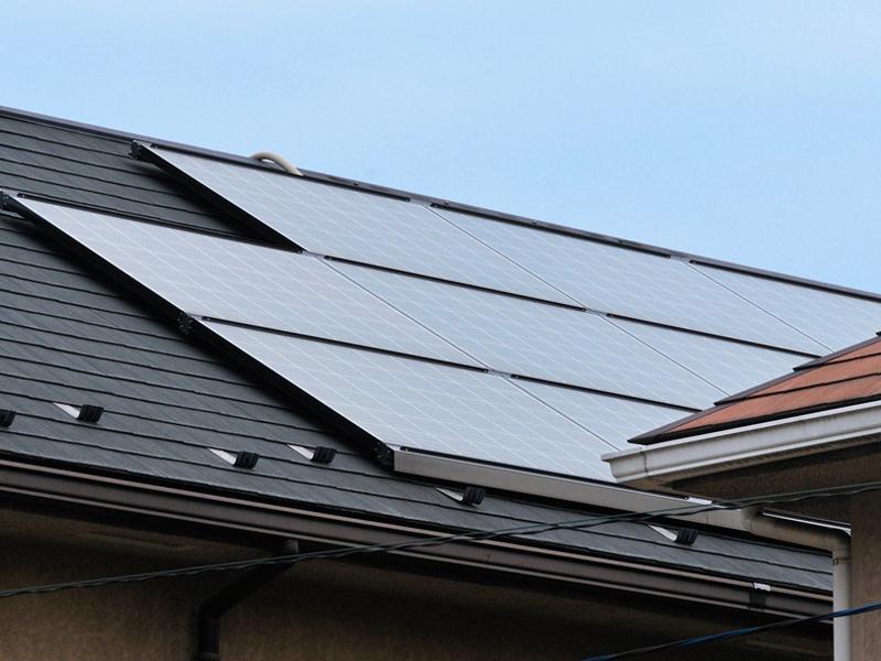 完全自社施工。太陽光パネルメンテナンスも承ります。