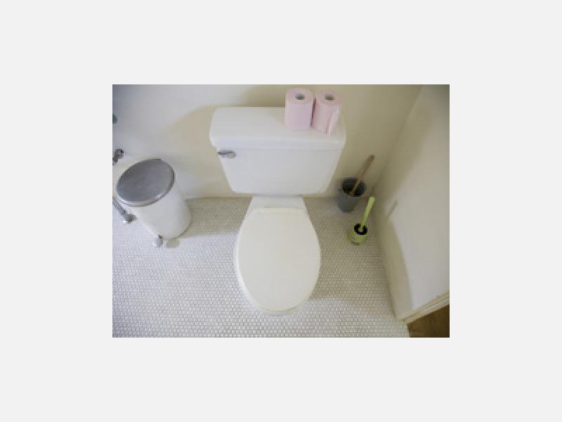 トイレタンク内の修理、給水、排水もおまかせください