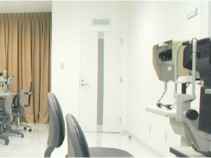 車椅子にやさしい構造の眼科医院です