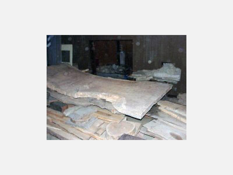 ケヤキ板、古材、天然木材等常時多数在庫有