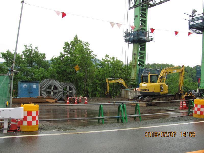 俵山大橋の復旧工事現場です