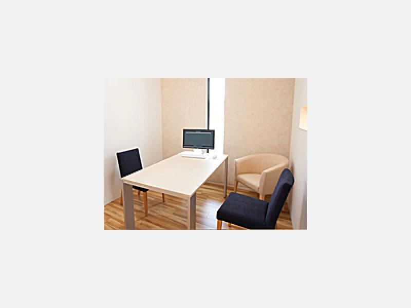 カウンセリングルーム:診療内容やお悩みなどの相談に使用します
