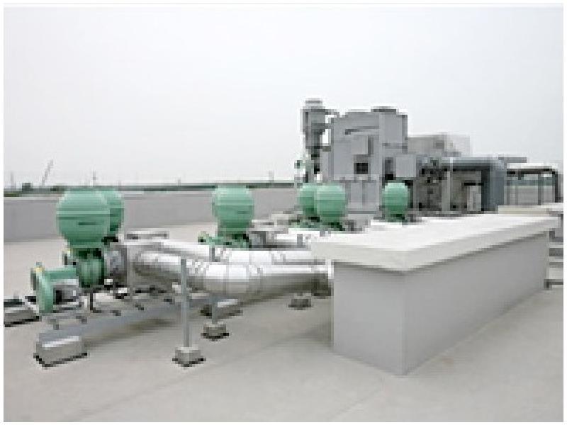 弊社社屋の屋上に設置してある排ガス洗浄装置