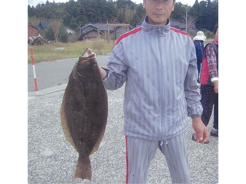 ヒラメ釣れました。