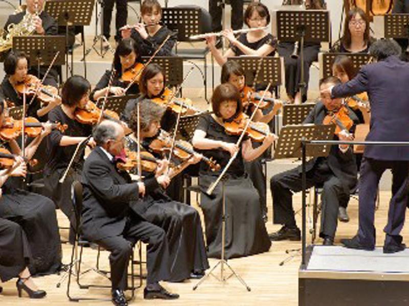 教師は帯広交響楽団コンサートマスターとして活躍