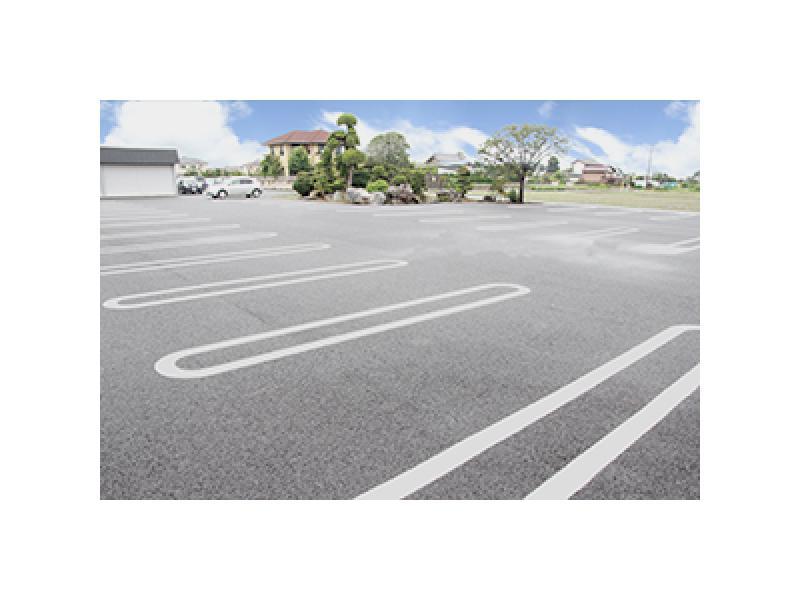 駐車場30台