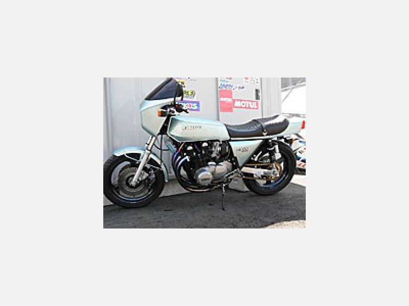 Kawasaki Z1R HPをご覧ください。