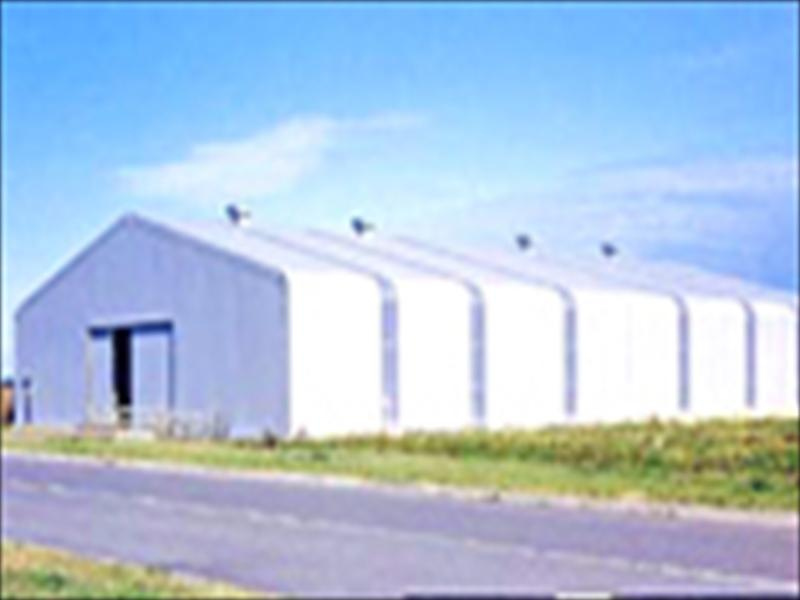 テント倉庫(キャンバスハウス)