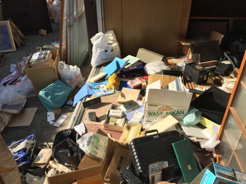 ゴミ屋敷の清掃もおまかせ下さい