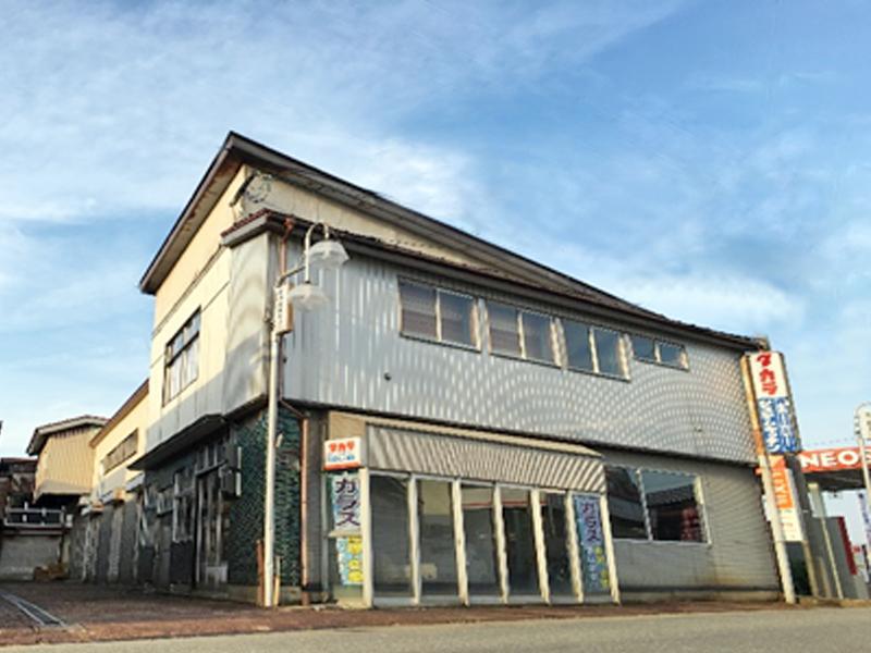 横手市でガラス修理なら合資会社赤保金物店