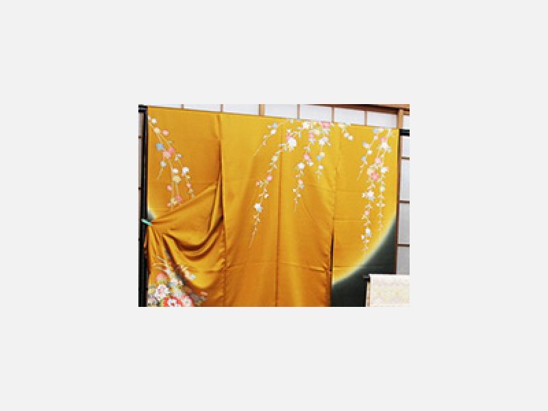 熟練の職人による着物のしみ抜き/三鷹市 着物のおみの屋