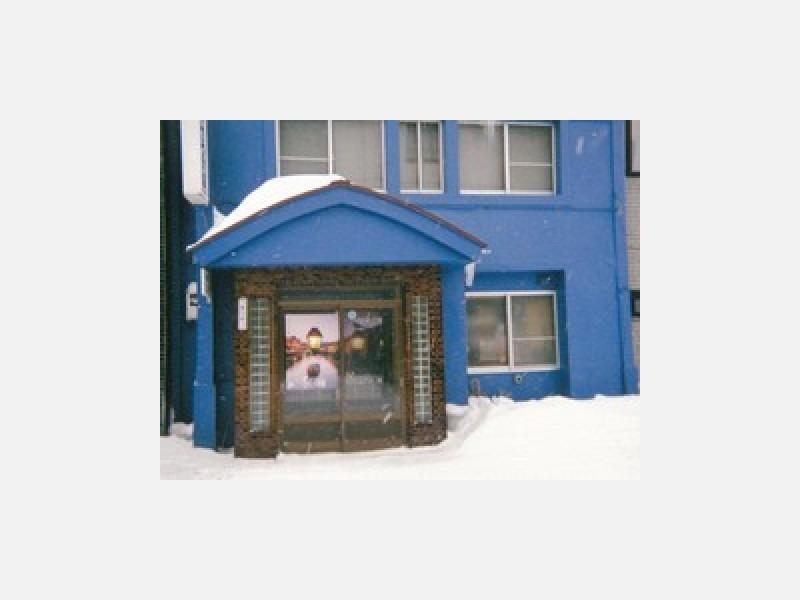 さつき旅館は素泊まり一泊2,500円とリーズナブル