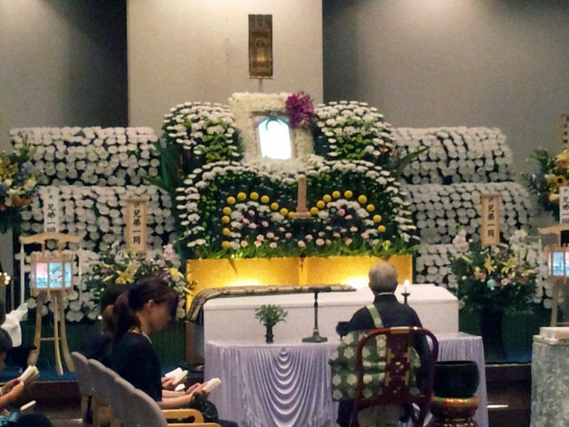 生花祭壇プランの施工例